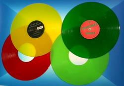 Dischi di vinile colorato, rosso, giallo e verde